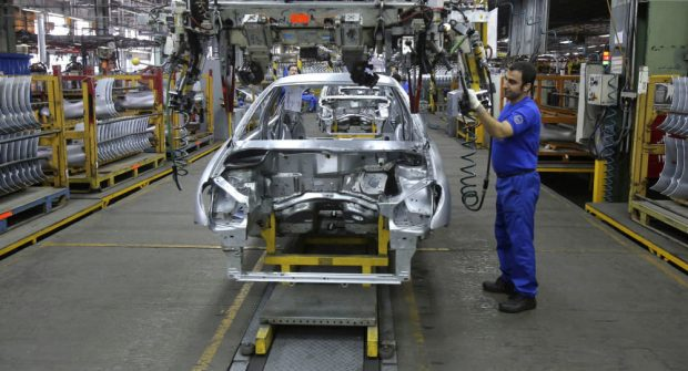 تحریم صنعت خودروسازی ایران