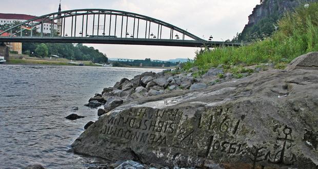 سنگهای تاریخی رود البه از وقوع خشکسالی در اروپا خبر میدهند!