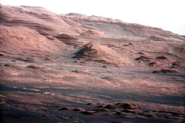 عکس کاوشگر کنجکاوی از مریخ
