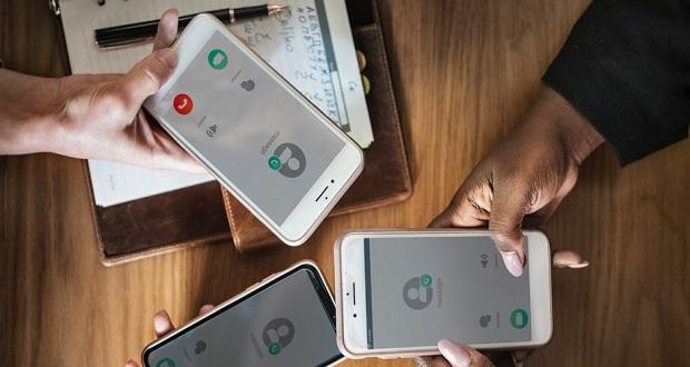 گوشی هوشمند برای نوجوانان