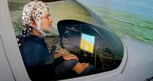 توانایی کنترل چندین هواگرد با ذهن