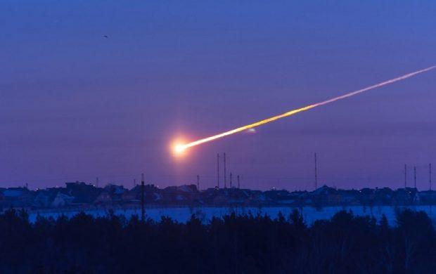 برخورد سیارک ها به زمین