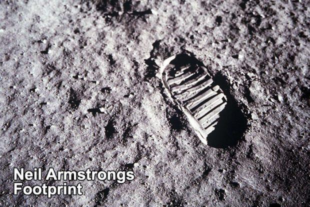ردپای انسان روی ماه