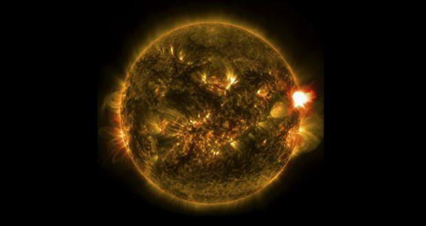 دوقلوی همسان خورشید