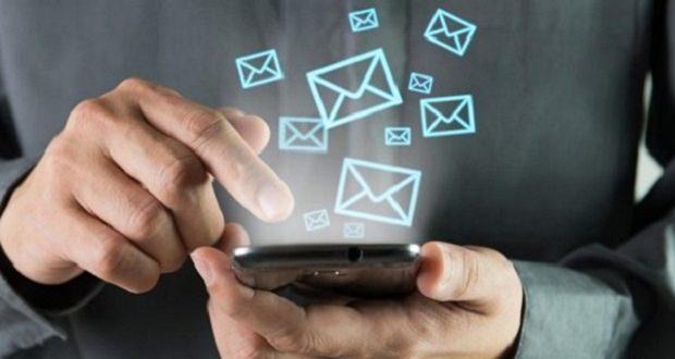 درآمد اپراتورهای موبایل