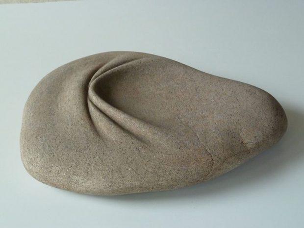 تصاویر این مجسمه های سنگی منعطف با روح و روانتان بازی میکند!