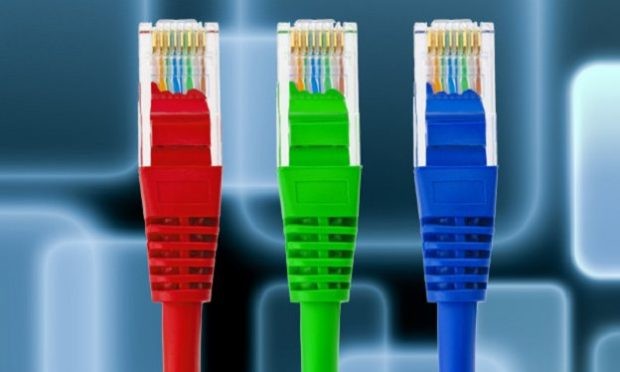 خدمات اینترنت