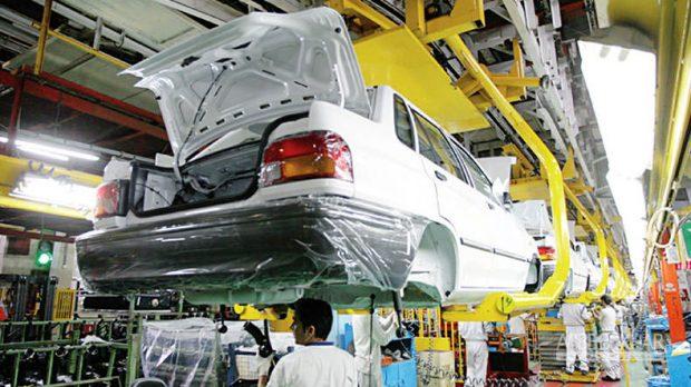 وزیر صنعت: اگر تولید پراید زیانده است خودروی دیگری جایگزین کنند