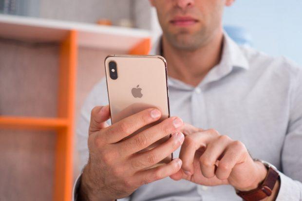 انتخاب گوشی موبایل ویژگی های شخصیتی شما را لو میدهد؛ تحلیل روانشناسانهی طرفداران هر برند