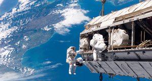 توریست های فضایی