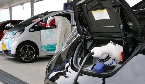 خرید خودروهای برقی