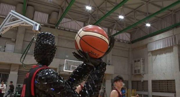 ربات بسکتبالیست