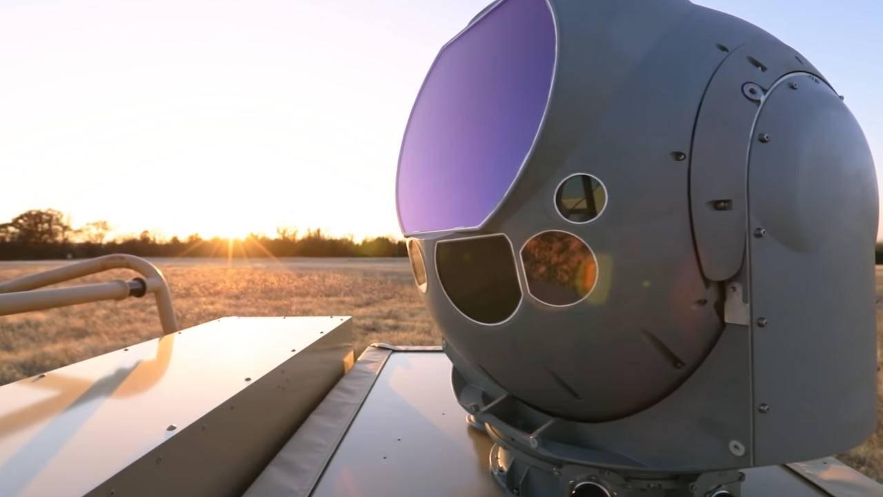 نیروی هوایی آمریکا اولین سلاح لیزری ضد پهپاد خود را تحویل