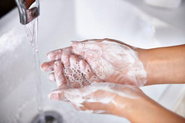 سرماخوردگی در بارداری و شستن دستها