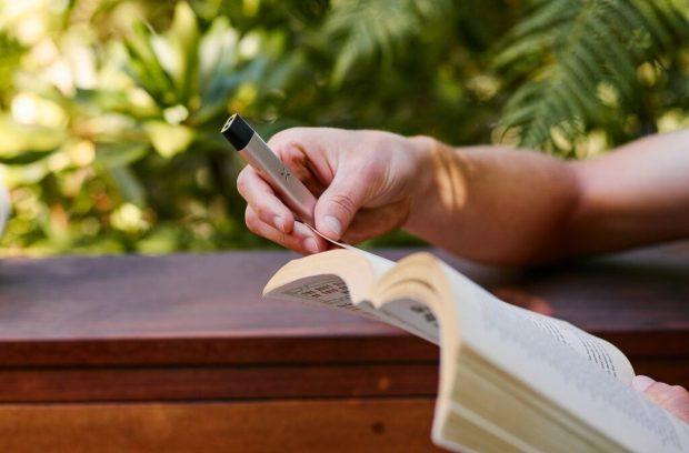 دستگاه ویپ هوشمند Era Pro سیگارهای الکترونیکی را به سطح دیگری میبرد