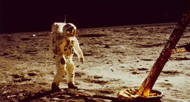 اگر فرود بر ماه هیچوقت رخ نمیداد، تمدن بشر اکنون در چه وضعی بود؟