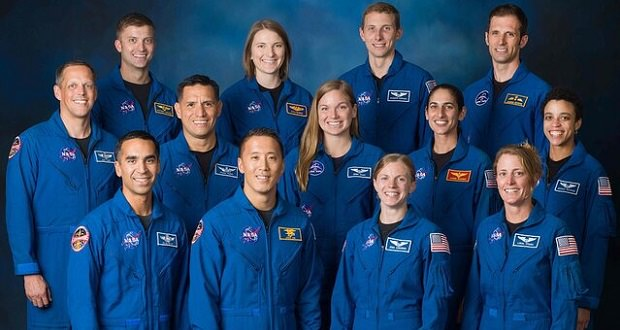 فضانورد جدید
