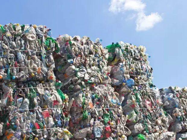 زباله پلاستیکی