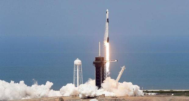 پرتاب موفقیتآمیز کپسول دراگون 2 و فضانوردان ناسا به فضا + ویدیو