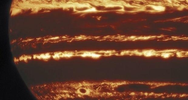 تصاویر جدید و با کیفیت راز طوفانهای مهیب مشتری را برملا کردند!