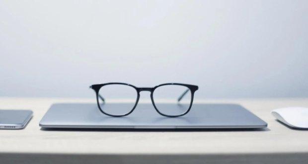 عینک هوشمند اپل گلسس