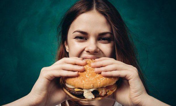 چرا کم کردن چند کیلوگرم نهایی برای رسیدن به وزن ایدئال دشوار است؟