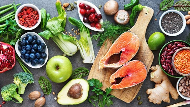 مصرف غذاهای سالم از تلاش برای لاغر شدن مهمتر است