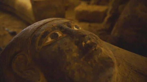 کشف 13 تابوت چوبی دستنخورده با قدمت 2500 سال از دوران مصر باستان