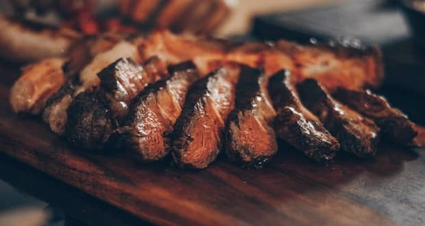 غذاهای التهاب زا مانند گوشت قرمز سلامت قلب را به خطر میاندازند