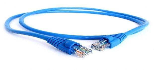 مقایسه وای فای در مقابل اینترنت کابلی