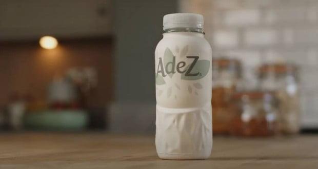 نوشابه های کوکاکولا با بطریهای کاغذی