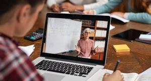 اینترنت رایگان به معلمان