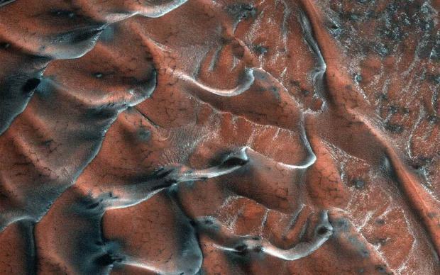 تصویر جدید ناسا از تپه های شنی مریخی را از دست ندهید