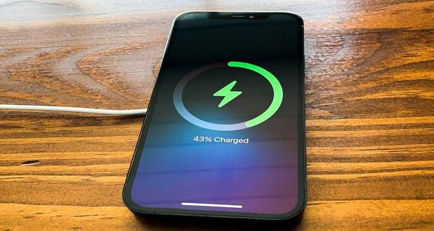 فناوری شارژ بی سیم اپل