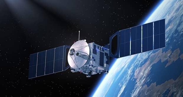 اپراتور ماهواره مخابراتی